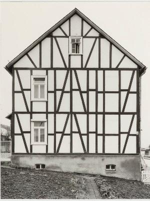 framework-house-b&hbecher
